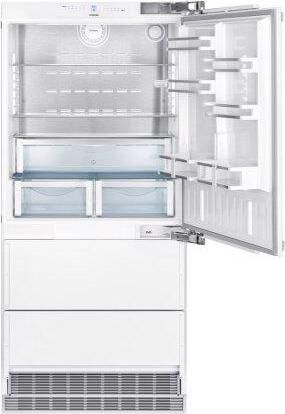 Combined refrigerator-freezer with NoFrost for integrated use